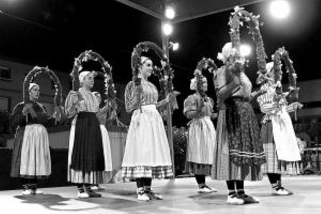 Festival de danzas folclóricas