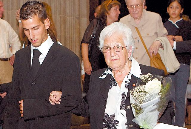 Cientos de personas acudieron al funeral por Diego Salvá Lezáun