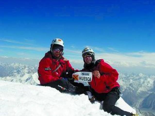 Los rescatadores para Óscar Pérez, ya en la montaña