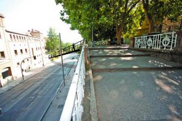 Una pasarela peatonal de 60 metros de largo y 5,5 de desnivel unirá la Media Luna con el Labrit