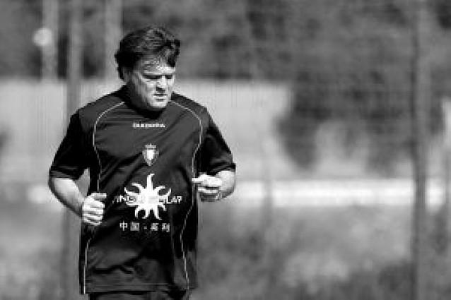 """José Antonio Camacho: """"La actitud de los jugadores está siendo muy buena"""""""