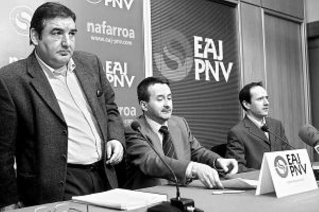 El PNV también se desmarca de Aralar y respalda la lucha policial contra ETA