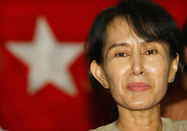 Un representante de EE UU se reúne en Birmania con Suu Kyi