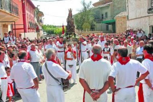 Berbinzana celebra su día grande con procesión y misa en honor a la Asunción