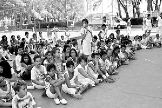 La comida infantil de Cabanillas reúne a más de 140 niños