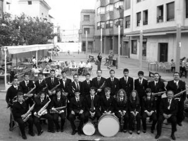 La banda de Azagra cumple un cuarto de siglo