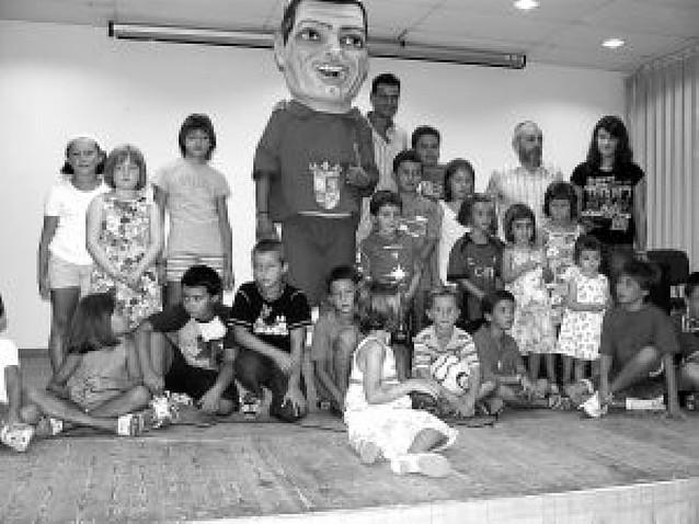 Mendavia estrenará las próximas fiestas un cabezudo en honor a César Cruchaga
