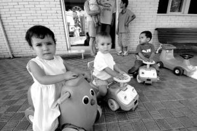 Las escuelas infantiles de Pamplona abren el curso con un 50% de asistencia