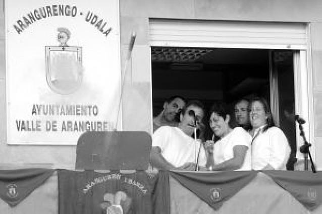 Chupinazo en femenino y solidario