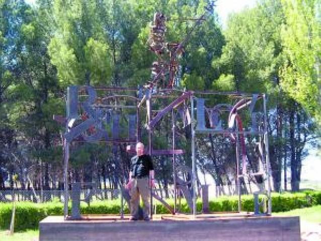 Un escultor elige Yerri para poner su taller