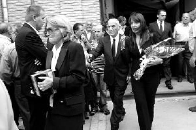 Cientos de vecinos de Milagro asisten al funeral de Juan José Pérez