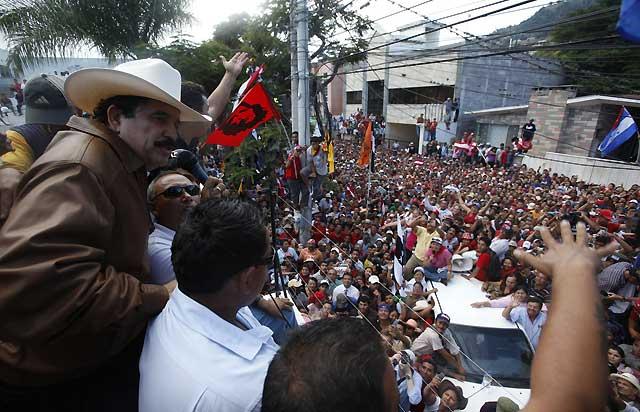 El Gobierno 'de facto' hondureño ordena el cierre de los aeropuertos del país