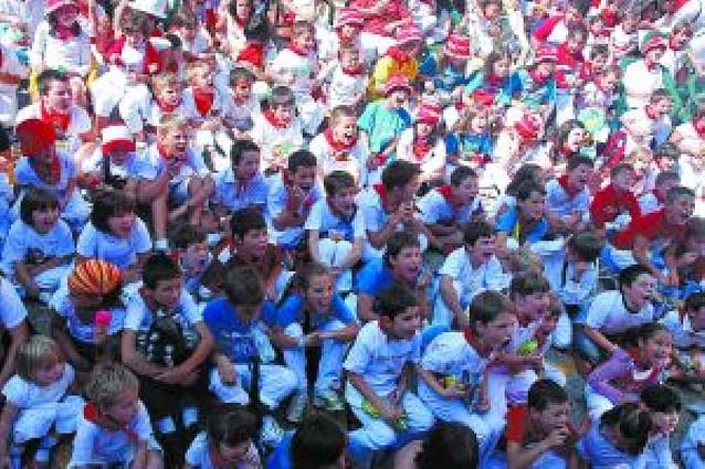 Los niños vuelven a disfrutar con la actuación de Gorgorito