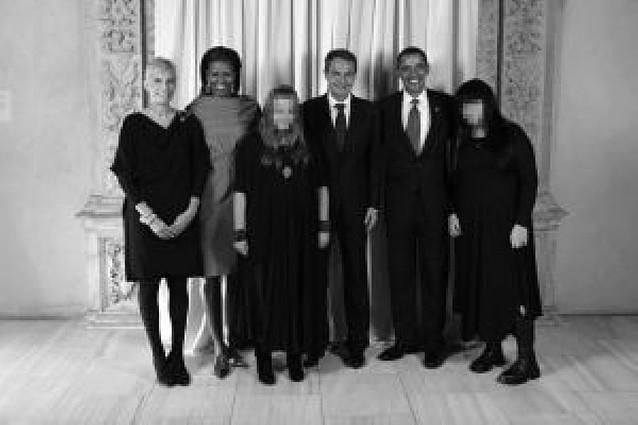 Una fotografía de las hijas de Zapatero con Obama siembra la polémica