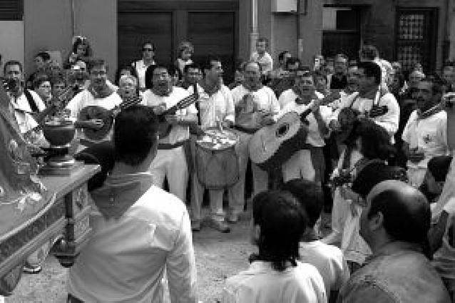 Multitudinaria procesión de San Fermín Chiquito