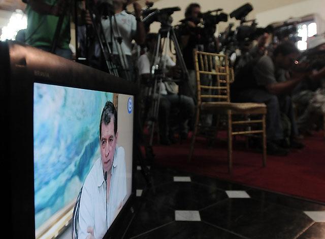 Micheletti decreta el estado de sitio en Honduras