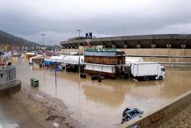 La costa valenciana se mantiene en alerta por las fuertes lluvias
