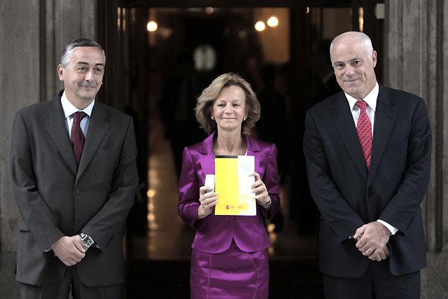 """Salgado presenta para 2010 unos Presupuestos """"austeros"""" y con un recorte de gastos """"sin precedentes"""""""