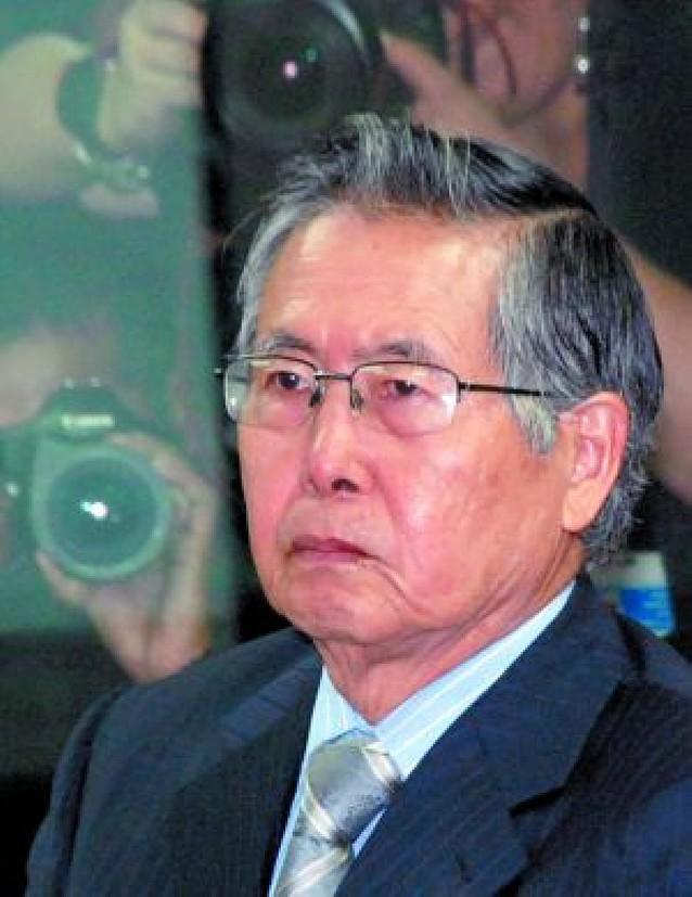 Fujimori, condenado a 6 años de cárcel por espionaje, soborno y compra de medios