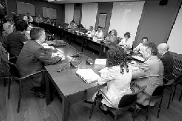 Los sindicatos priorizarán las mejoras sociales en el convenio de Función Pública