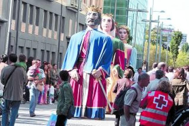 """Los Gigantes de Tudela, distinguidos como """"Vecinos de Honor del Reyno"""""""