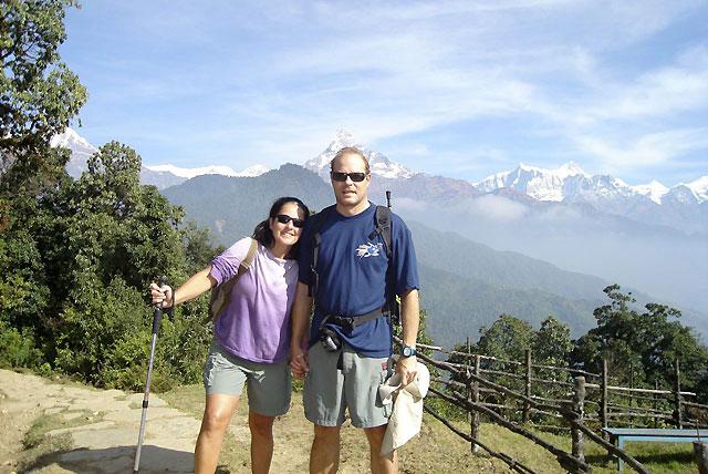 La pareja española dada por desaparecida tras el terremoto de Indonesia está bien en la isla de Siberut