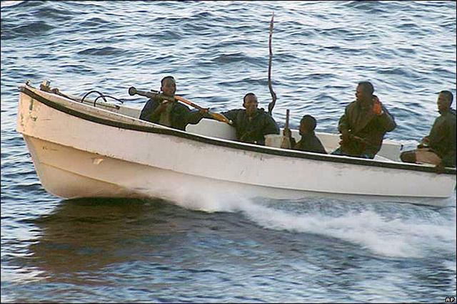 """Detenidos dos de los piratas que secuestraron al pesquero """"Alakrana"""""""