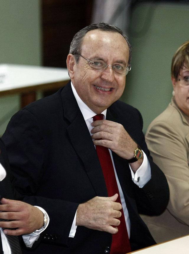 El Tribunal de Costa Rica condena a ex presidente Calderón a cinco años de cárcel