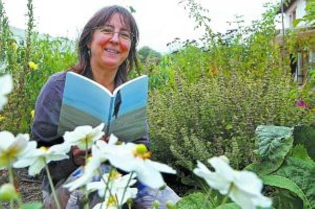 """La poesía """"rural"""" de Rosa Barasoain"""