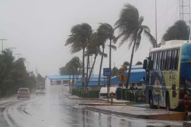 Las intensas lluvias se cobran al menos 124 vidas en El Salvador