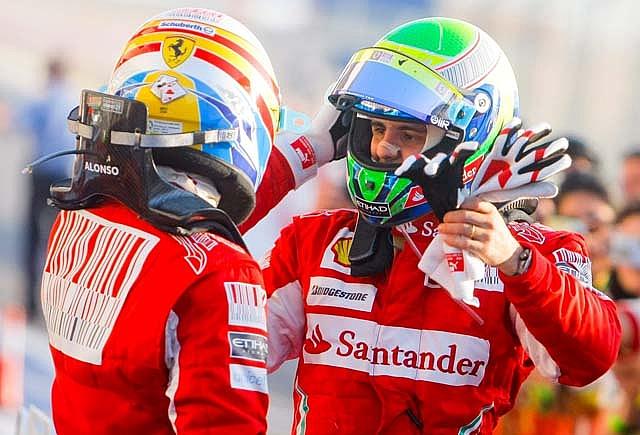 """Alonso: """"Se lo dedico al equipo y a toda España"""""""