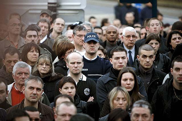 Sarkozy quiere castigos severos para el comando de ETA que mató a un policía