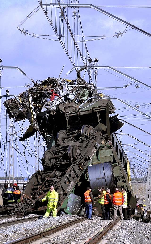 Adif espera reanudar el servicio del tren de Arévalo a última hora de la tarde