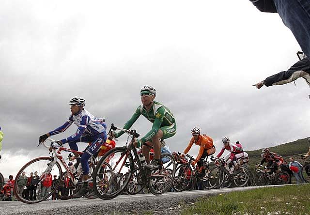 Joaquim Rodríguez se impone en la ascensión a El Puy