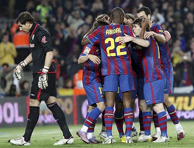 El Zaragoza da un paso adelante y mete al Málaga en problemas