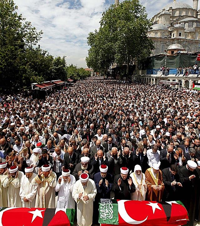 Los nueve fallecidos en el asalto a la flotilla humanitaria eran turcos