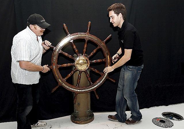 Una exposición recrea en Pamplona la tragedia del Titanic con objetos reales