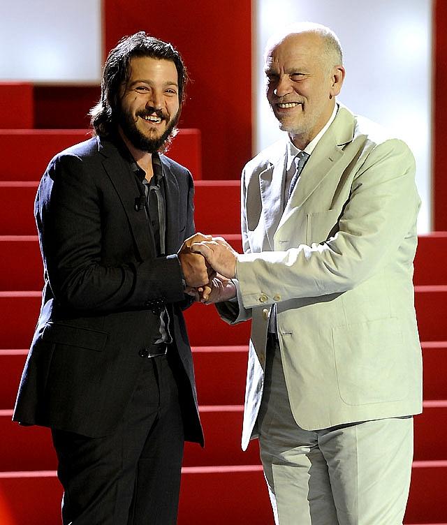 Bruno Ganz destaca en un día de muerte y comedia en el Festival de San Sebastián