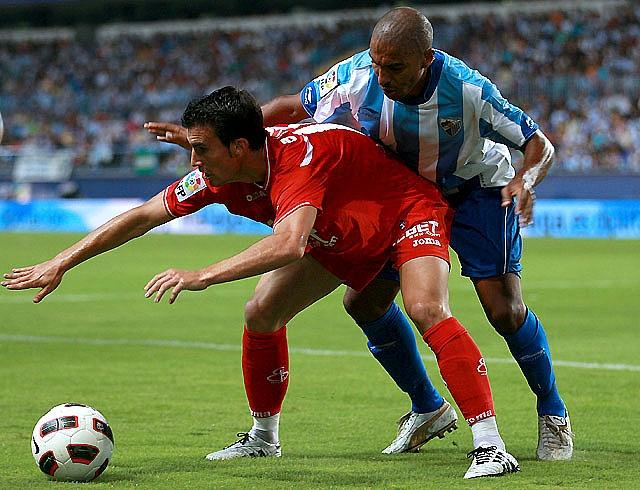 El Racing se impone ante un Zaragoza excesivamente conservador (2-0)