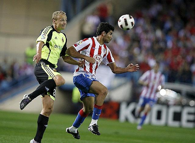 Uche saca del descenso al Almería y deja tocado al Deportivo