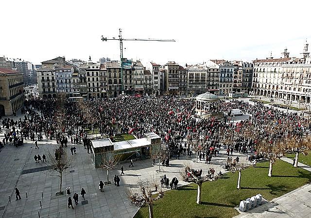 Se cumplen los servicios mínimos al inicio de la huelga en el País Vasco