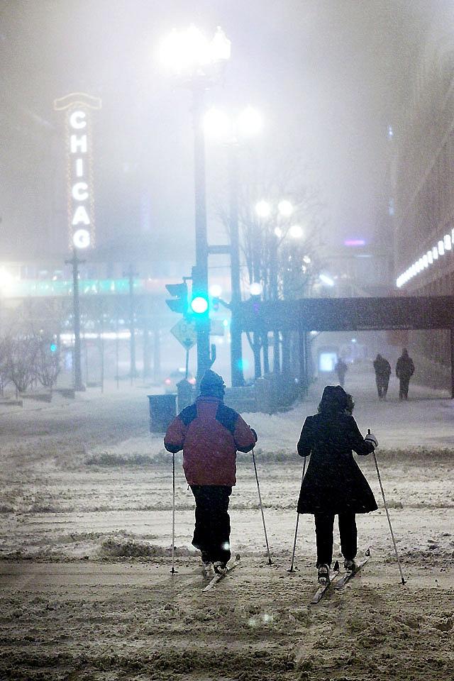 """Una """"súper tormenta"""" de nieve y hielo paraliza un tercio de EEUU"""